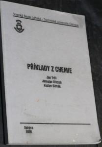 náhled knihy - Příklady z chemie