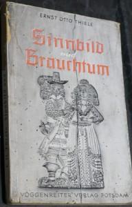 náhled knihy - Sinbild und brauchtum