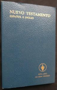 náhled knihy - Nuevo testamento  (Español e Ingles)