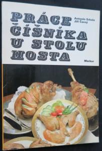 náhled knihy - Práce číšníka u stolu hosta : dranžírování, flambování a dochucování