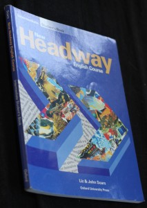 náhled knihy - New Headway English Course: Student's Book