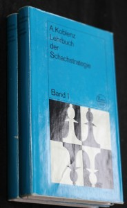 náhled knihy - Lehrbuch der Schachstrategie, Band 1, 2