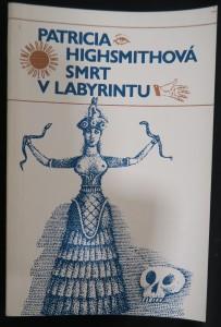 náhled knihy - Smrt v labyrintu
