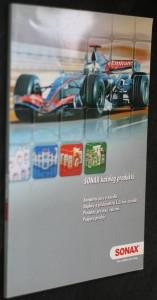 náhled knihy - SONAX katalog produktů: Kompletní péče o vozidla, doplňky a příslušenství k čištění vozidla, produkty pro mycí zařízení, podpora prodeje