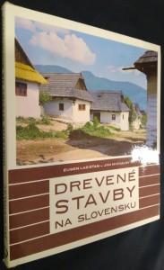 náhled knihy - Drevené stavby na Slovensku