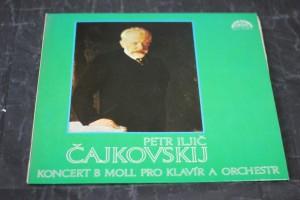 náhled knihy - Petr Iljič Čajkovskij: Koncert B moll pro klavír a orchestr