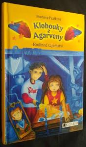 náhled knihy - Klobouky z Agarveny. Rodinné tajemství