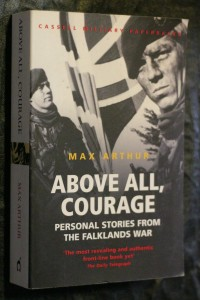 náhled knihy - Above All, Courage - Personal Stories from the Falklands War