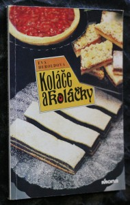 náhled knihy - Koláče a koláčky