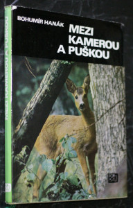 náhled knihy - Mezi kamerou a puškou