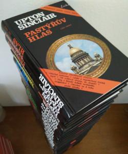 náhled knihy - Prezidentův vězeň, Konec světa, Dračí zuby, Mezi dvěma světy, Svět na vahách, Dračí sklizeň, Brána je dokořán, Svítání, Velké poslání, Návrat Lannyho Budda, Pastýřův hlas