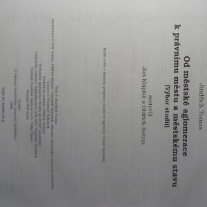 antikvární kniha Od raně středověké aglomerace k právnímu městu a městskému stavu : (výbor studií), 1999