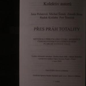 antikvární kniha Přes práh totality, 2009