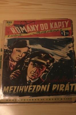 náhled knihy - Mezihvězdní piráti