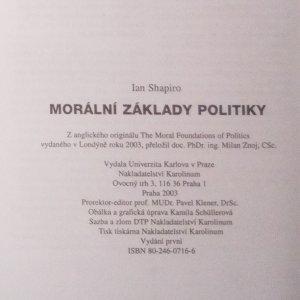 antikvární kniha Morální základy politiky, 2003