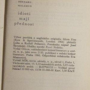 antikvární kniha Idioti mají přednost, 1966