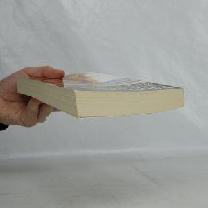 antikvární kniha Muži, kteří dokážou zničit každý vztah, 2012