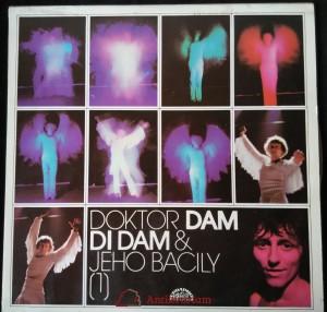 náhled knihy - Doktor Dam Di Dam a jeho bacily (1)