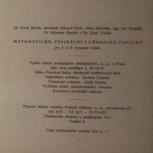 antikvární kniha Matematické, fyzikální a chemické tabulky pro sedmý a osmý postupný ročník, 1958