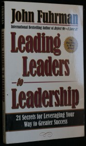 náhled knihy - Leading Leaders to Leadership