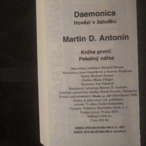 antikvární kniha Daemonica. Hovězí v žaludku. Kniha první. Pekelný nářez, 2010