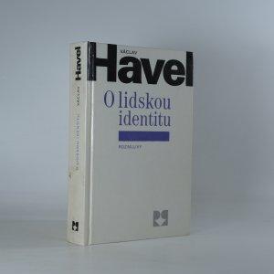 náhled knihy - O lidskou identitu