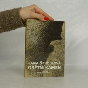 náhled knihy - Obětní kámen