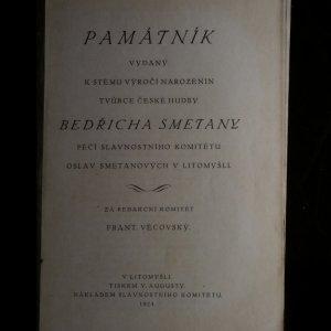 antikvární kniha Památník vydaný k stému výročí narozenin tvůrce české hudby Bedřicha Smetany s 5 obrazovými přílohami, 1924