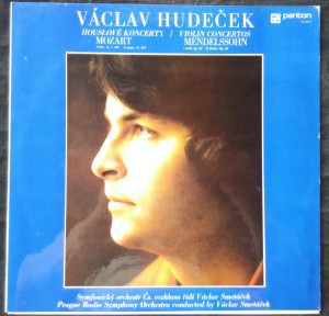 náhled knihy - Václav Hudeček, Mozart: Houslové Koncerty
