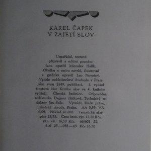 antikvární kniha V zajetí slov. Kritika slov a úsloví, 1969