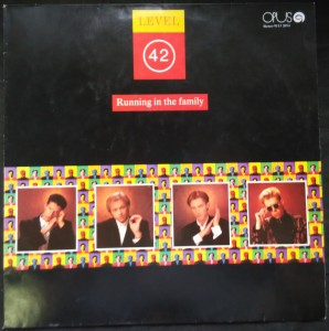 náhled knihy - Level 42: Running in the Family