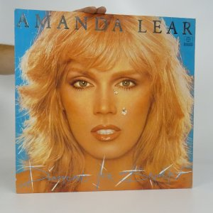 náhled knihy - Amanda Lear: Diamonds for Breakfast