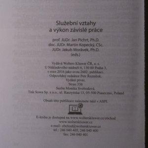 antikvární kniha Služební vztahy a výkon závislé práce, 2016