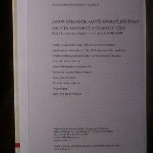 antikvární kniha Milníky moderních českých dějin. Krize konsenzu a legitimity v letech 1848-1989, 2018