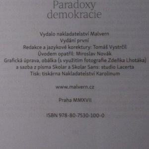 antikvární kniha Paradoxy demokracie, 2017