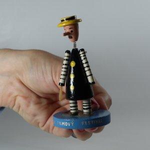 náhled knihy - Dřevěná figurka Dětský filmový festival Zlín
