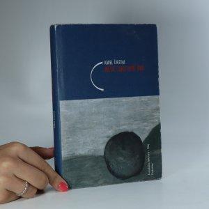náhled knihy - Měsíc jako rybí oko