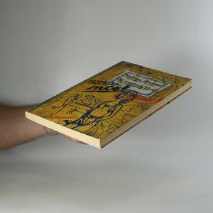 antikvární kniha Pomoc! Můj společenský život nestojí za nic!, 2000