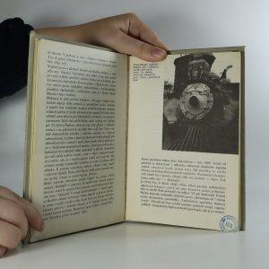 antikvární kniha Siouxové bojují dál. O indiánských bojích a bojovnících na Dalekém Západě, 1976