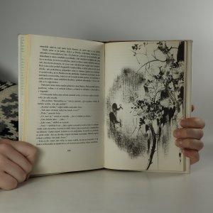 antikvární kniha Dlouhé uši v trávě, 1988