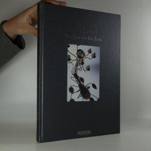 náhled knihy - Filip Šlapal. Designs on the lens (podpis autora)
