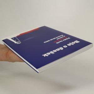 antikvární kniha Boje o dnešek. Výběr textů z revue Pravý břeh 2013, 2014