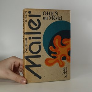náhled knihy - Oheň na Měsíci