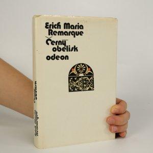 náhled knihy - Černý obelisk (voní lakem)
