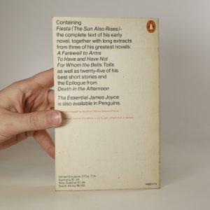 antikvární kniha The Essential Hemingway, 1969