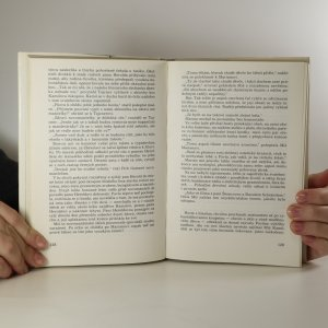 antikvární kniha V šest večer v Astorii, 1989