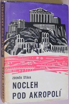 náhled knihy - Nocleh pod akropolí : Pro mládež