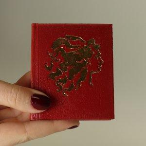 náhled knihy - Usínáš lásko jako zeleň stromů