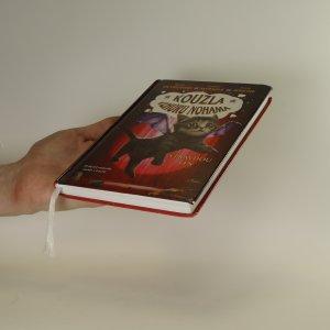 antikvární kniha Kouzla vzhůru nohama. S pravdou ven, 2017
